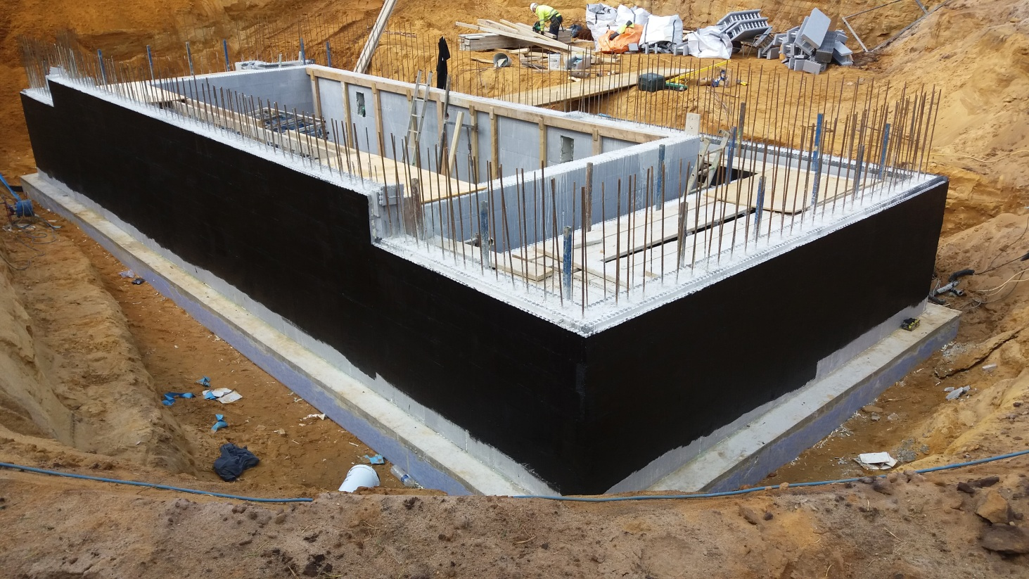 Tanked ICF walls in a basement - ThermoHouse