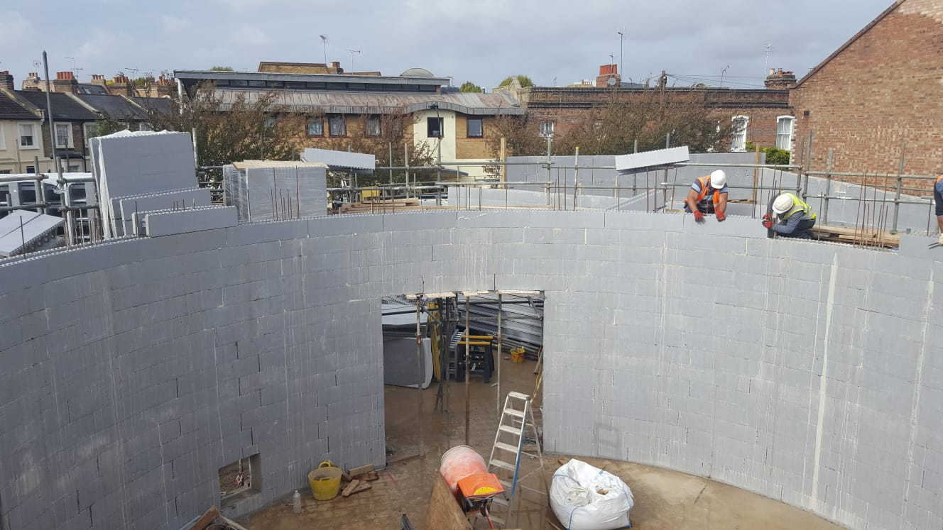 Curved ICF walls filled with concrete in Hammersmith